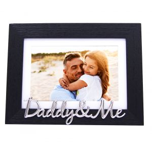 """Black Woodgrain Effect Daddy & Me Frame with Silver Letters - 6x4"""" or 7x5"""""""